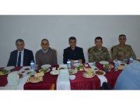Tatvan Belediyesinden kurum amirlerine iftar yemeği
