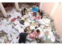 İflas eden muhasebeci evrakları yere saçtı, mağdurlar evrak deryasında belge aradı