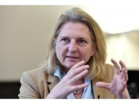 Avusturya Dışişleri Bakanı Kneissl Türkiye'yi hem övdü hem de eleştirdi