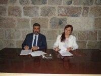 Payas STEM Merkezi'nin 'UV Metre' projesi için protokol imzalandı
