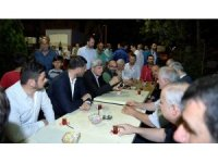 Üzülmez ve Karaosmanoğlu vatandaşlarla beraber