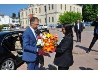 Yeni Sinop Valisi Şakalar görevine başladı