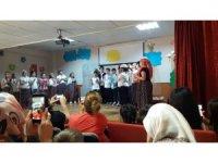 Gaziapaşa İlköğretim öğrencileri Keloğlan ve Köylüler'le eğlendi