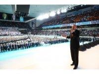Cumhurbaşkanı Erdoğan AK Parti'nin seçim beyannamesini açıkladı (2)