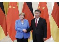 Almanya Başbakanı Merkel, Çin Devlet Başkanı Xi Jinping ile görüştü