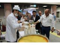 İftara yetişemeyenler Marmaray'da oruçlarını açtı