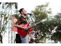 Genç müzisyen Evrencan Gündüz sevenleriyle buluştu