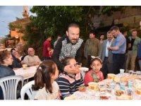 Başkan Doğan, mahalle gezilerinde
