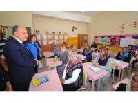 Osmaniye'de açılan okuma yazma kursları ilk mezunlarını verdi