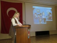 """Payas 'ta """"Sosyal medya"""" eğitim semineri"""