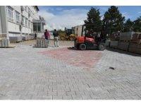 Varto Belediyesi çevre düzenlemesiyle sezonu başlattı
