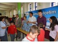 Okullarda süt dağıtımı