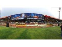 AK Parti Odunpazarı Teşkilatı, seçim startını eski Atatürk Stadyumu'nda verdi