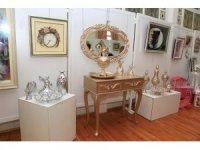 Kadınlara özel el sanatları sergisi açıldı