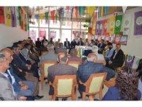 HDP Hakkari adayları Yüksekova'da seçim bürosunu ziyaret etti