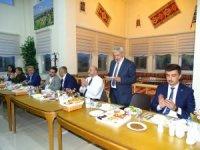 AK Parti Kütahya milletvekili adayları Hisarcıklılar'la buluştu