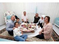 Vali Varol şehit ailesiyle iftar yaptı