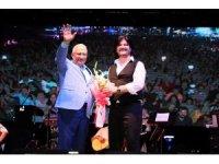 Mersin'de Ahmet Şafak konseri
