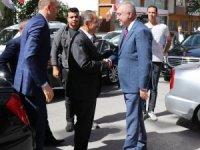 Bakan Özhaseki MHP İl Başkanlığını ziyaret etti