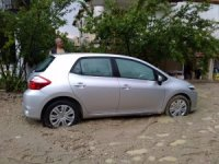 Selendi'de şiddetli yağış hayatı olumsuz etkiledi