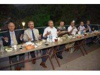 Başkan Çerçi protokol üyelerini iftarda ağırladı