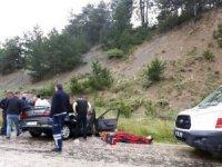 Otomobil ile kamyon çarpıştı: 1 ölü, 6 yaralı