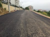İzmit Belediyesi'nden yol ve kaldırım çalışması