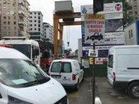 Kadıköy'de doğalgaz çalışması, ilginç görüntülere sahne oldu