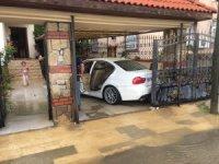 Adana'da şiddetli yağmur evleri sular altında bıraktı