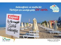 Antalya'da tatilcilere bilboardlı oy uyarısı