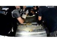 İran plakalı lüks cipin bagaj kısmından eroin fışkırdı