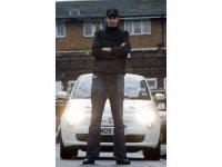 Ayakları büyük diye İngiltere'de ehliyet alamayan Türk mühendis öldü