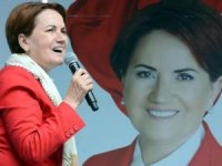 Meral Akşener Niğde'de devlet memurlarına seslendi