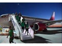 Suudi Arabistan milli takımının bulunduğu uçak tehlike atlattı