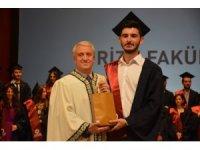 Turizm Fakültesi, mezunlarını yeni hayatlarına uğurladı