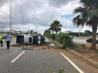 Kontrolden çıkan kamyonet takla attı : 4 yaralı