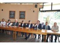 AK Parti milletvekili adayları muhtarlarla bir araya geldi