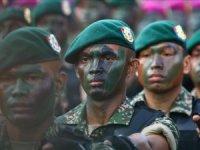 Malezya Suudi Arabistan'daki askerlerini geri çekebilir