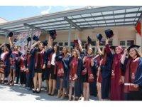 Engelliler Entegre Yüksekokulu'nda mezuniyet sevinci