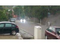 Ardahan'da sağanak yağmur hayatı durma noktasına getirdi