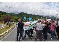 Ordu-Giresun Havaalanı'nda taksiciler ile polis arasında gerginlik