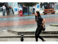 Bolu'da aniden bastıran yağmur etkili oldu