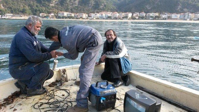 Deniz Altında Tatlı Su Kaynağının Çıkış Noktasını Araştırıyorlar