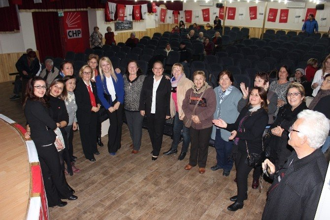 Chp'li Kadınlar Hem Oy Verdi, Hem Oynadı