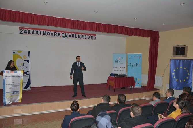 Çatak'ta Proje Tanıtım Toplantısı