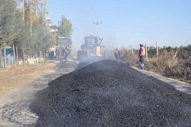 Büyükşehir, ilçeleri asfaltlıyor