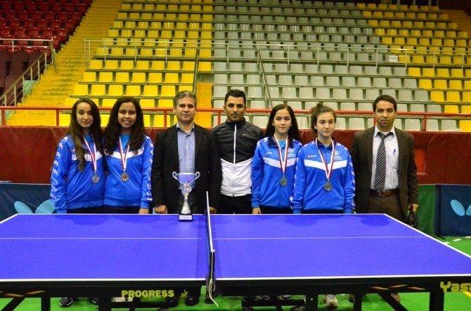Adana'da Okullararası Gençler Masa Tenisi Müsabakaları