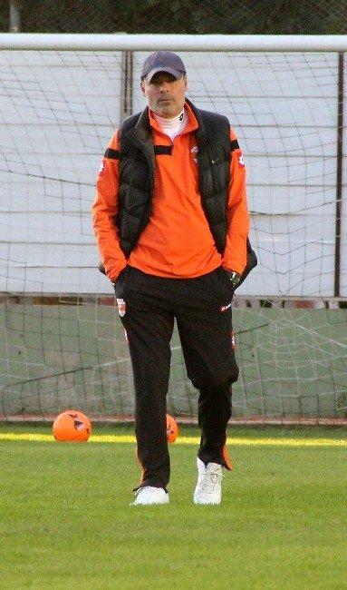 Adanaspor Karabükspor Maçı Hazırlıklarına Başladı
