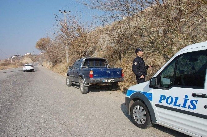 Şüpheli Kamyonet Polisi Harekete Geçirdi