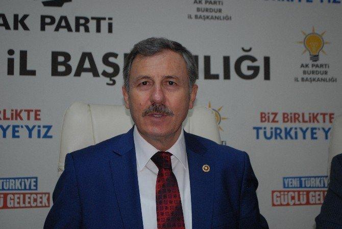 AK Parti'li Özdağ, Burdur'da Partililerle Buluştu